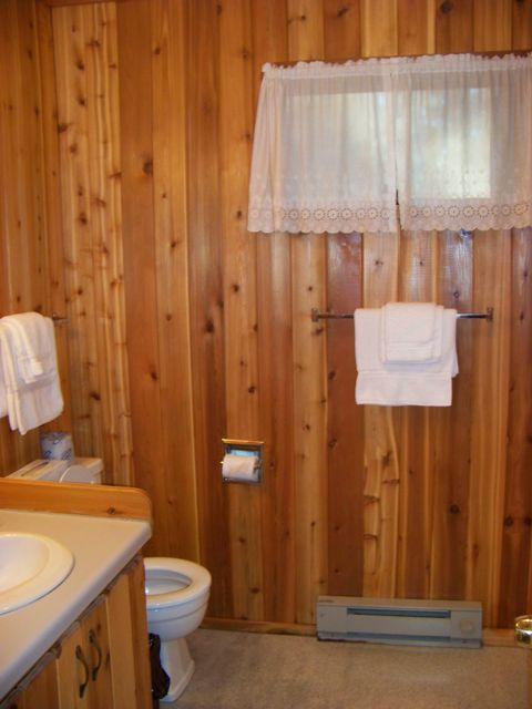 Bathroom in Tamarack